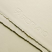 Papel Fabriano rosaspina 280 g. 70 x 100  crema